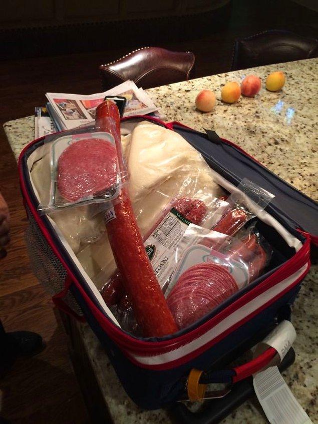 20. İtalya'dan gelirken bavula ne koyabilir başka? 😅