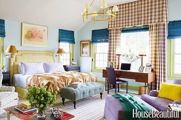 9. Eklektik havaları evin her yerinde görmek isteyenler için çeşitli pastel tonları bir araya getiren yatak odası