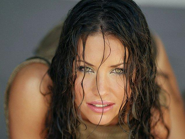 5-A   Evangeline Lilly