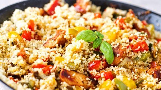 Amarantlı-tavuklu salata tarifi