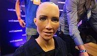 Robot Sophia'nın Tasarımcısı Bahçeli'ye Meydan Okudu: 'Eğer Siyasetçiler Cesursa, Onlarla Sohbet Etmeye Açık'