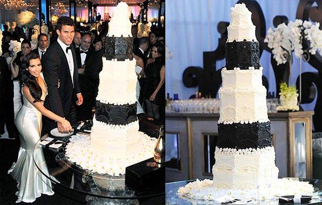 7. Kris Humphries ve Kim Kardashian'ın siyah ve beyaz pastası