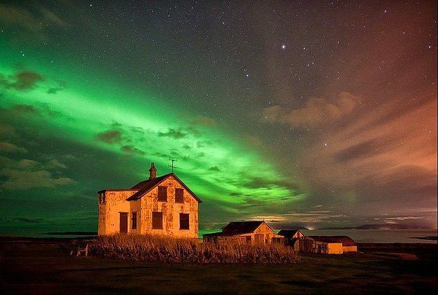 14. İzlanda'nın terk edilmiş ahırı bile güzel.