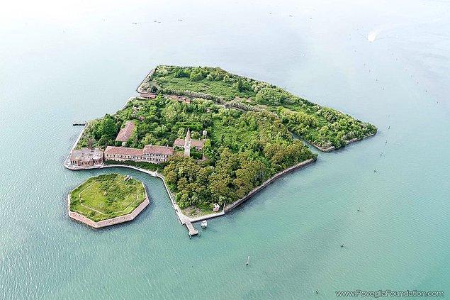 22. Poveglia Adası, İtalya.
