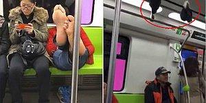 Metroda Çoraplarını Tutamaklara Asıp Ayaklarını Uzatarak Yolculuk Yapan Sülalesi Rahat Adam