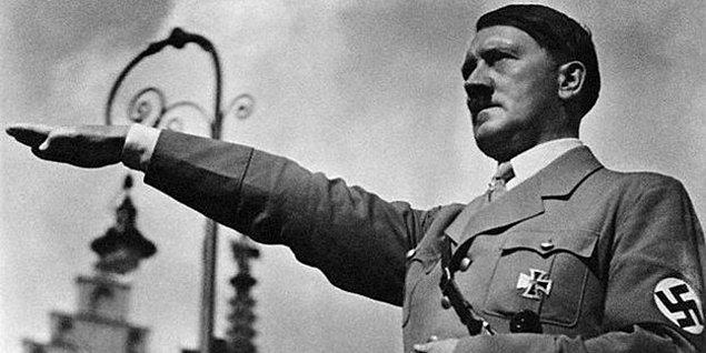 1933: Adolf Hitler Almanya şansölyesi oldu.