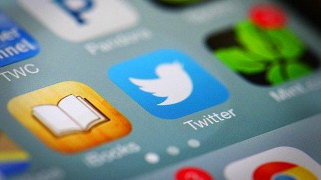 Twitter da Facebook ve Google gibi prosedürler uyguluyor fakat Twitter'da vefat ilanında bulunmak için askıya alınacak hesap sahibinin kimliği de isteniyor.