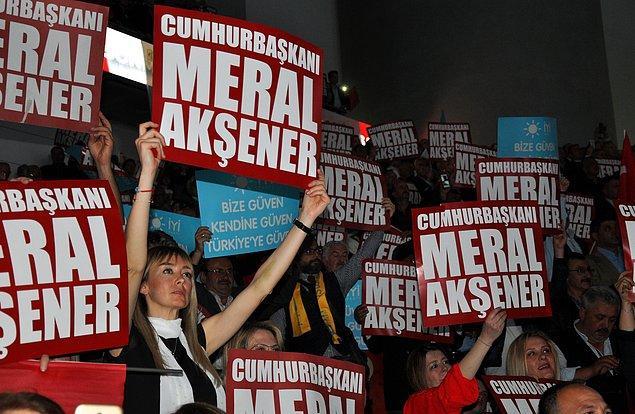İYİ Parti'nin 1. Olağanüstü Kurultayı'na yaklaşık 30 bin kişi katıldı.