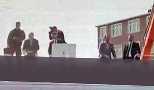 Damat Berat Albayrak'ın Fırlattığı Satranç Takımı Erdoğan'a İsabet Etti!