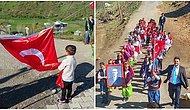23 Nisan'ın En Güzel Fotoğrafı Bir Köy Okulundan Geldi: Bayrağımızı Yere Değdirmeyen Yusuf ve Tatvanlı Efeler