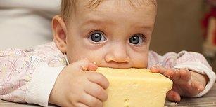 Aa Bak Uçak Geliyoor! Çocuğunuza Kahvaltıda Peynir Yedirmek İçin Yaşadığınız 8 Mücadele