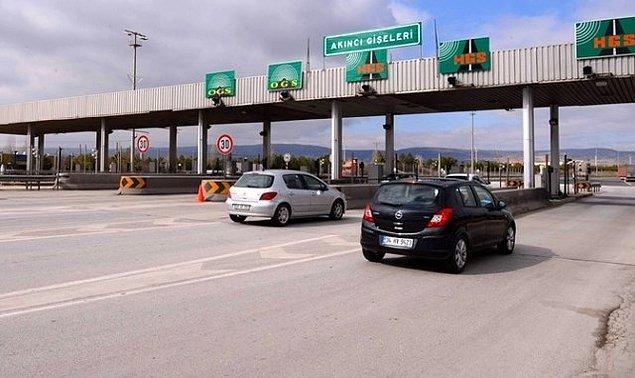 Köprü ve otoyollardan geçen araçlardan saniyede 54,6 TL gelir elde edildi.