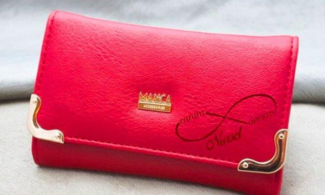 5. Ona olan sonsuz sevginizi not düşeceğiniz, ismine özel tasarımlı deri cüzdan