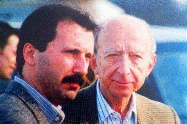 2002 yılında CHP'den milletvekili seçilen İnce, 16 yıl boyunca Meclis'te yer aldı.