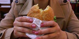 Bilim İnsanları Açıkladı: Fast-Food Yemek Kadın Doğurganlığını Olumsuz Etkiliyor
