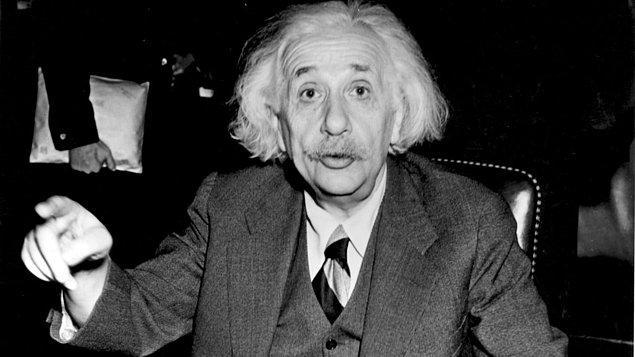 Uzay-zamanın bükülmesi fizikçi Einstein'ın Genel Görelilik Kuramı'na göre ışığın, uzaydaki kütleçekim nedeniyle zamanda bükülerek yön değiştirmesine deniliyor.