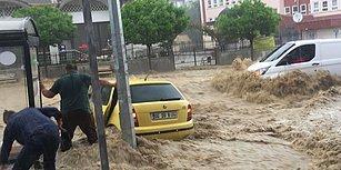 Ankara'da 10 Dakikalık Yağış Sele Dönüştü: Araçlar Sürüklendi, 6 Kişi Yaralandı
