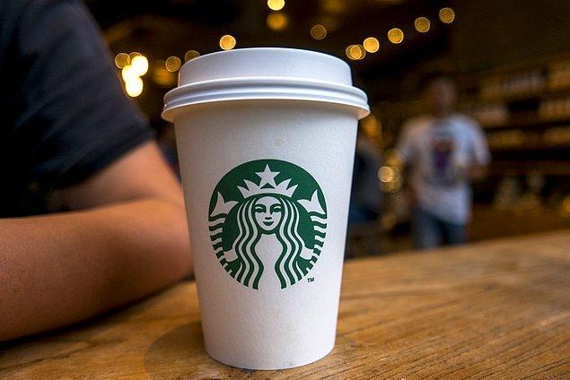 Starbucks, sadece paketlenmiş ürünlerinden yılda 2 milyar dolar ciro elde ediyor.