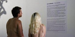 Paris'te Bulunan Bu Galeriyi Sadece Çıplaklar Gezebiliyor!