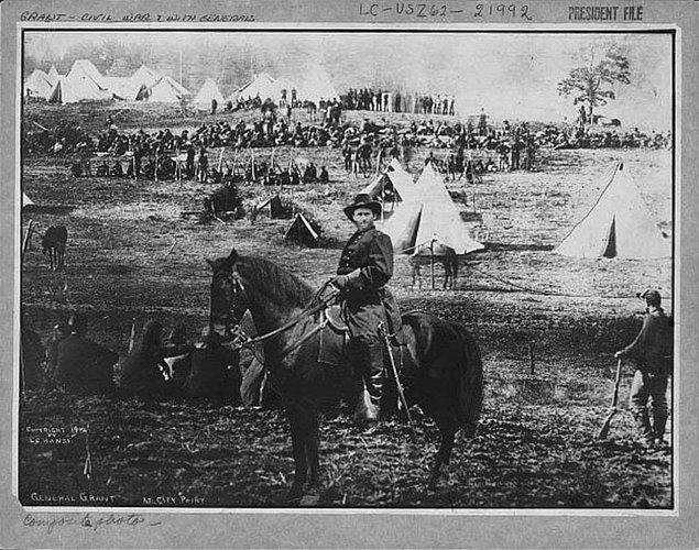 2. General Ulysses S. Grant'ın bu fotoğrafı Amerika tarihinde çok önemli bir yere sahip.