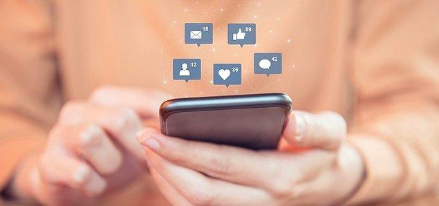 'Televizyon, internet ve cep telefonu sosyal ilişkileri şekillendiriyor'