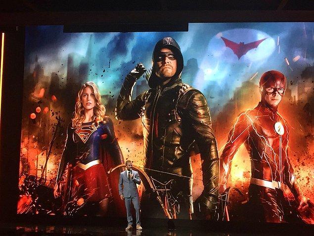 8. DC dizilerinin her sezon 4 bölümden oluşan crossover bölümlerinde bu kez Gotham şehri de olacak.
