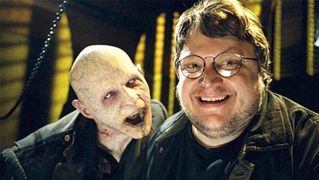 3. Guillermo del Toro, Netflix için bir korku dizisi hazırlıyor.