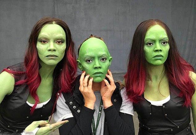 11. Zoe Saldana (Gamora) ve dublörü: