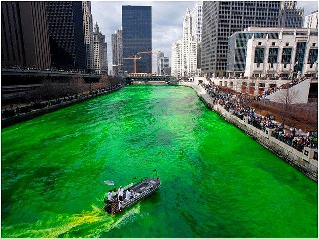 7. Chicago, ABD — 3,650$