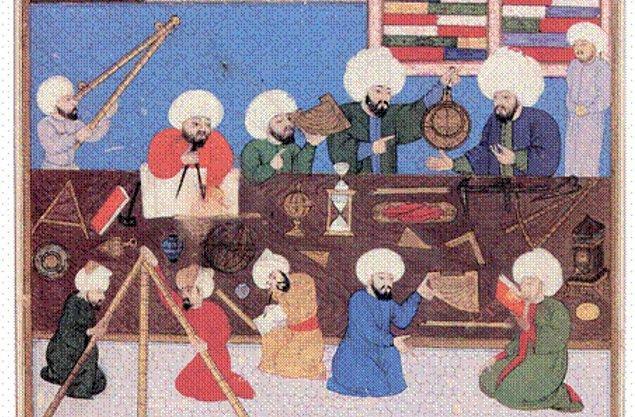 Sonunda Takiyüddin karşıtları kazandı, yine onun karşısında yer alan dönemin şeyhülislamı tarafından III. Murat'ın emriyle fetva verildi.