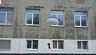 Eğlence Anlayışınızı..! Kediye Paraşüt Takıp Pencereden Attılar