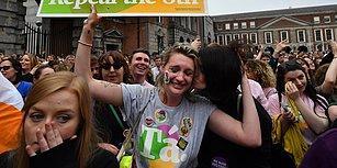 Kadınların Zaferi! İrlanda'da Kürtajı Yasaklayan Yasal Düzenlemenin Kaldırılması Gözyaşlarıyla Kutlandı