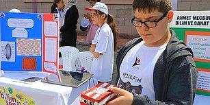 Hedef Bastonsuz Bir Yaşam: Ortaokul Öğrencisi Görme Engelliler İçin Bileklik Geliştirdi