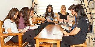 Öğrenciler Roman Yayımladı, Başarı Seviyesi Yükseldi! Ankara Çubuk'ta Dört Yıldır Her Gün Aynı Saatte Kitap Okunuyor