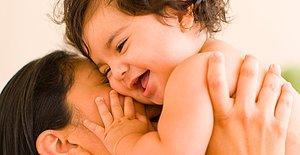 Burası Her Ay Üye Olan 5 Anneye 1 Yıllık Bebek Bezi Kazandıran Yer!