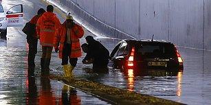 Ankara İçin Deniz Vakti! Ev ve İş Yerlerini Su Bastı, Vatandaşlar Araçların İçinde Mahsur Kaldı