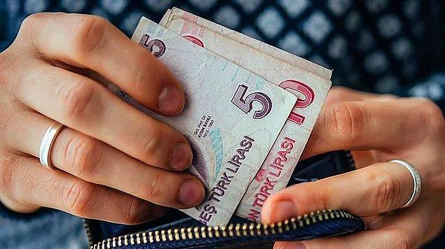 15. Türk-İş verileri açıklandı: 4 kişilik bir ailenin yoksulluk sınırı 6.328 lira. Sadece tek bir çalışan için hesaplanan yaşama maliyeti ise 2.385 lira olarak açıklandı.