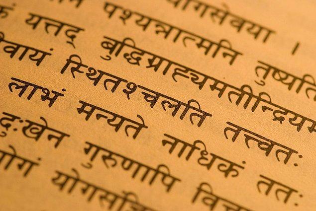 15. Sanskritçe
