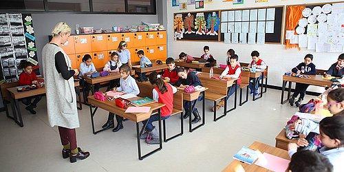 Ziya Selçuktan Etik Davranış: Bakan Olduğu Gün Kurucusu Olduğu Okuldaki Hisselerini Devretti 73