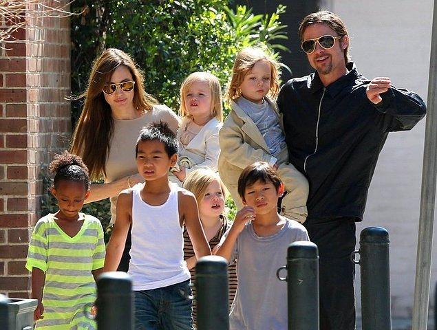 14. Herkes Jennifer Aniston'ı çabuk unutmuş, medyanın en çok ilgi çeken çiftine 'Brangelina' ismini takmıştı... 2014 yılında bu ilişkiyi evlilikle taçlandıran çiftin 3'ü biyolojik olmak üzere 6 tane çocuğu da bulunuyordu. Ancak ne olduysa oldu, dünyanın en gözde çifti boşanmaya karar verdi.