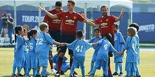 Manchester United Oyuncularının 100 Çocuğa Karşı Yaptığı Efsane Eğlenceli Futbol Maçı
