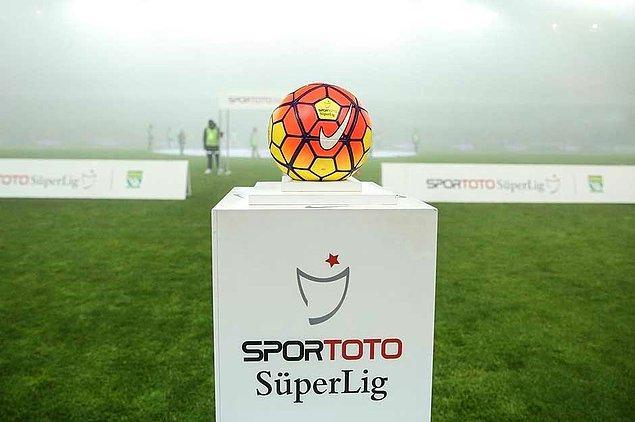 Türkiye'nin 13 ilinden 18 takım, 290 gün sürecek toplam 306 maçlık sezonda, güçlendirdikleri kadrolarıyla belirledikleri hedeflere ulaşmaya çalışacak.