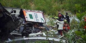 İtalya'da Facia: Bir Köprü Üzerinde Araçlar Varken Çöktü, Ölü ve Yaralılar Var