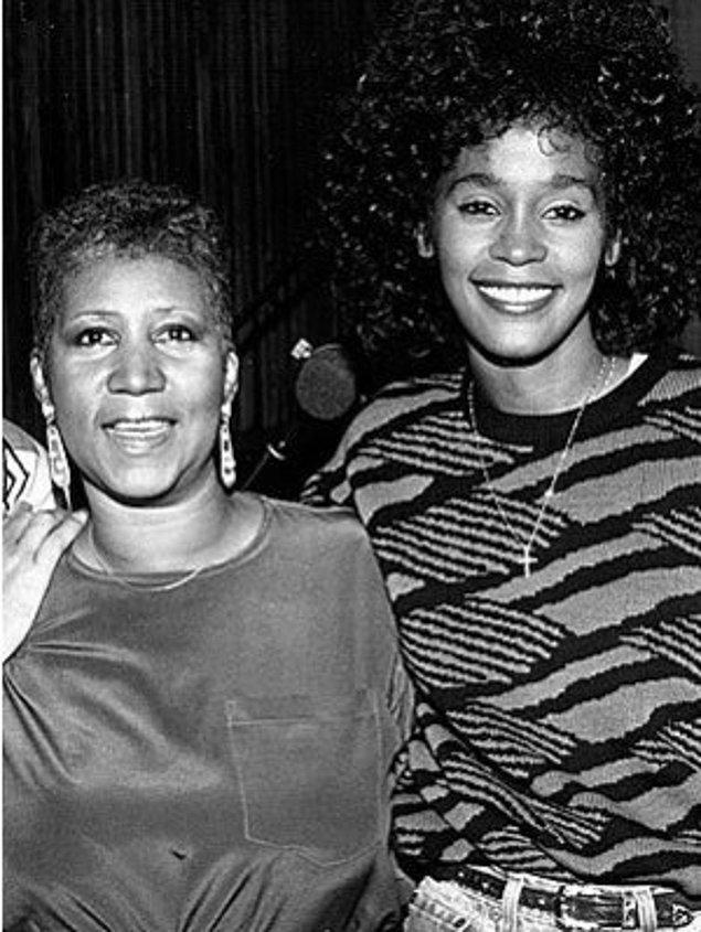 11. Whitney Houston'ın vaftiz annesiydi.