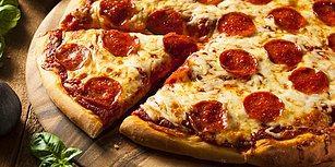 'Daha İyisini Evde Yaparım' Diyenler Haklı Çıktı: Hangi Pizza Markaları Sucuk ve Salam İçin Beyaz Et Kullanıyor?