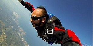 Zeytinli Rock Festivali'nde Bir İlk: Hayko Cepkin, Konser Alanına Paraşütle İndi