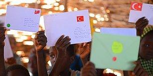 Türkiye'den Çocukların Yazdığı Mektupların Afrikalı Çocuklara Ulaştırıldığı 'Askıda Mektup Var' Projesi ile Tanışın!