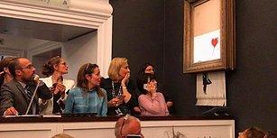 Tarihe Geçen Açık Artırma: Banksy'nin Eseri 1.4 Milyon Dolara Satıldıktan Hemen Sonra Kendini İmha Etti!