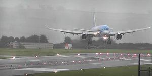 İngiltere'yi Vuran 'Callum Fırtınası'nda Yanlayarak Uçağı Piste İndiren Pilotun Ayakta Alkışlanacak Görüntüleri