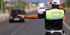 Çocukları Okula Polis Bıraktı: 14 İlkokul Öğrencisini Taşıyan Servis Sürücüsü Alkollü Çıktı!